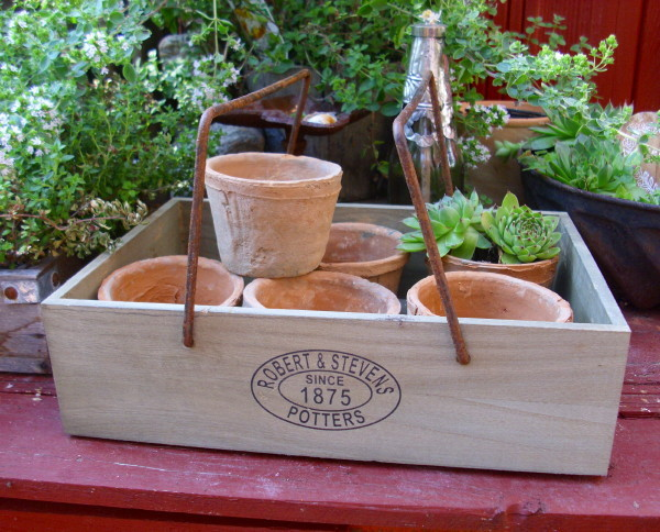 Pflanzkiste kr uter kiste mit 6 t pfen holzkiste for Gartenaccessoires landhausstil