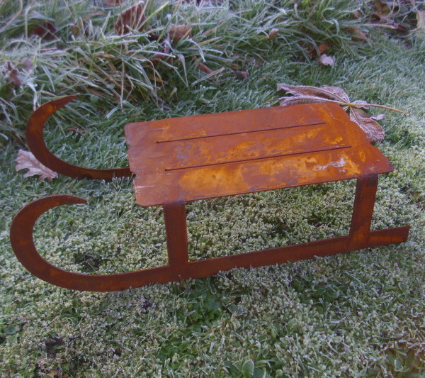 Winter deko schlitten 48cm lang metall rost rostpatina for Garten winterdeko