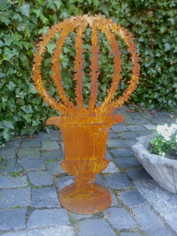 Garten statue amphore buchsbaum metall rost patina antik for Gartenaccessoires aus rost