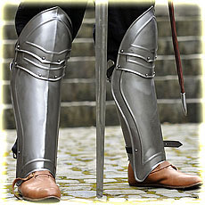"full greaves ""Champion"", polished"