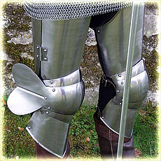 steel legs ¾ 15 C. style, polished