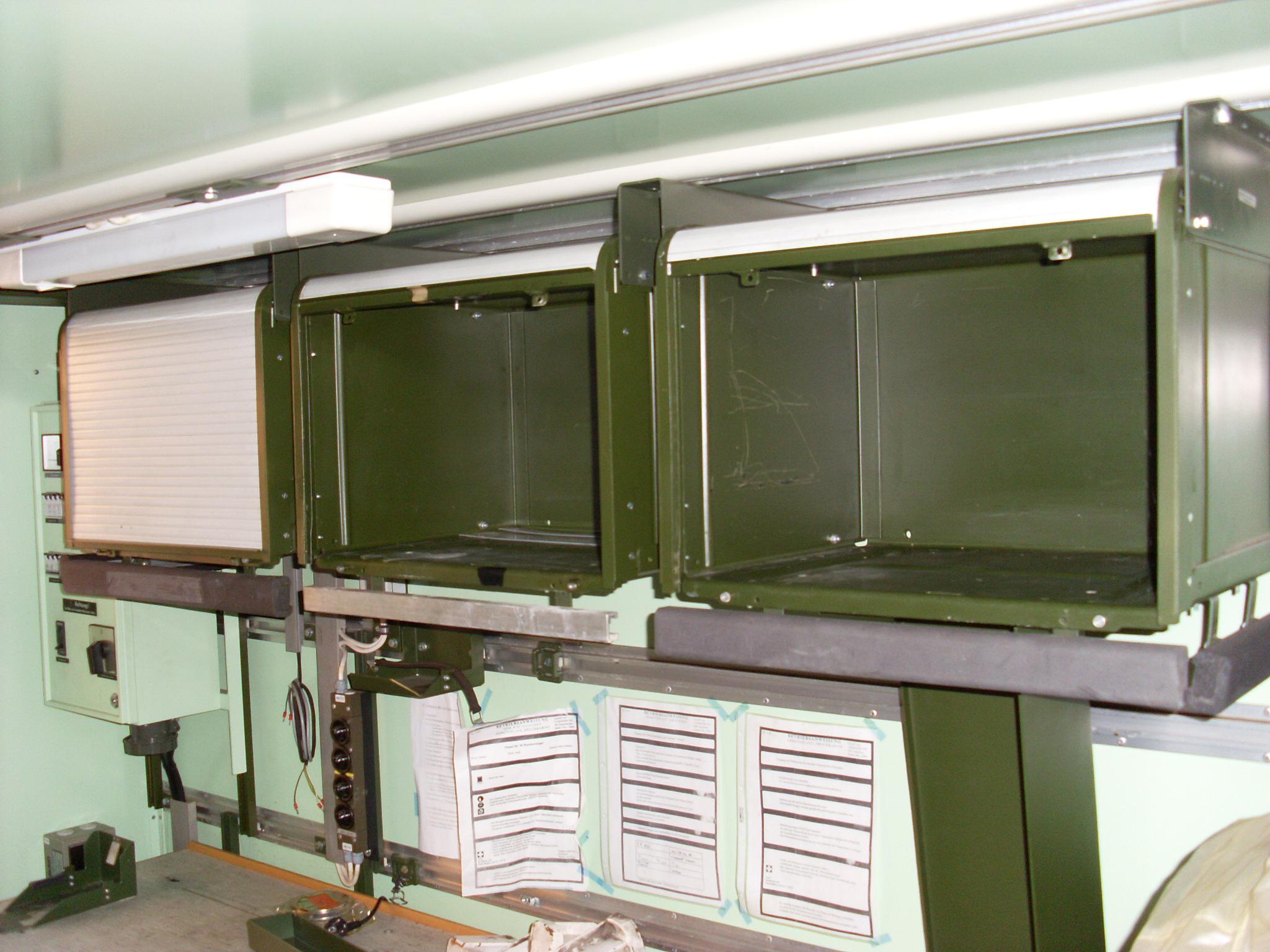 BW Roll Schrank neuwertig - Juwa - Militaria Outdoor Lagerverkauf