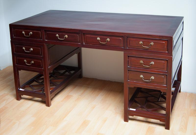 schreibtisch schwarzer elefant. Black Bedroom Furniture Sets. Home Design Ideas