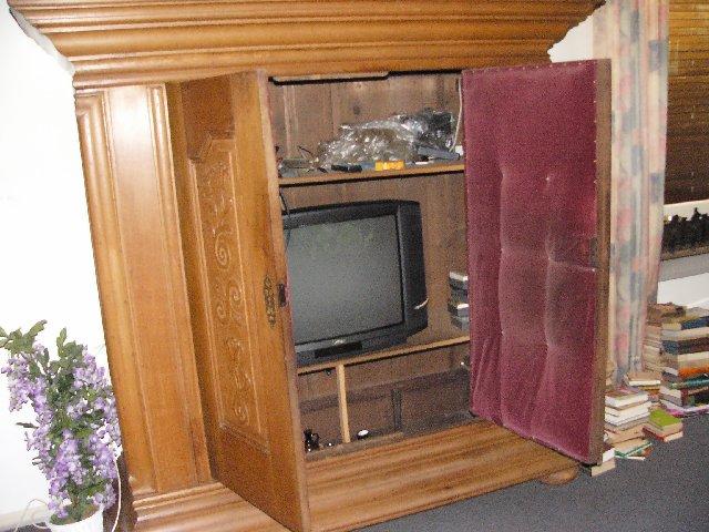 barockschrank frankfurter schrank massiv eiche 1790. Black Bedroom Furniture Sets. Home Design Ideas