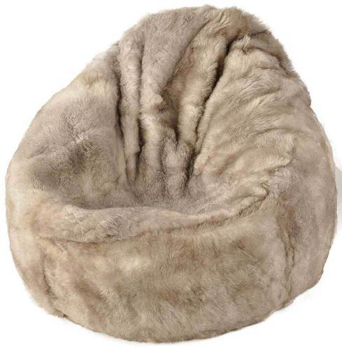 lammfell produkte schaffell teppiche kissen kuhfelle. Black Bedroom Furniture Sets. Home Design Ideas