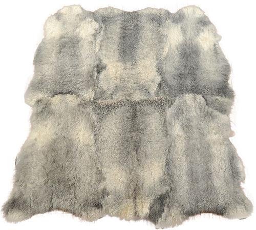 lammfell produkte schaffell teppiche kissen kuhfelle online. Black Bedroom Furniture Sets. Home Design Ideas