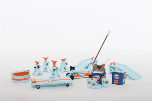 1:18 GULF Racing Shop Tool Set GMP