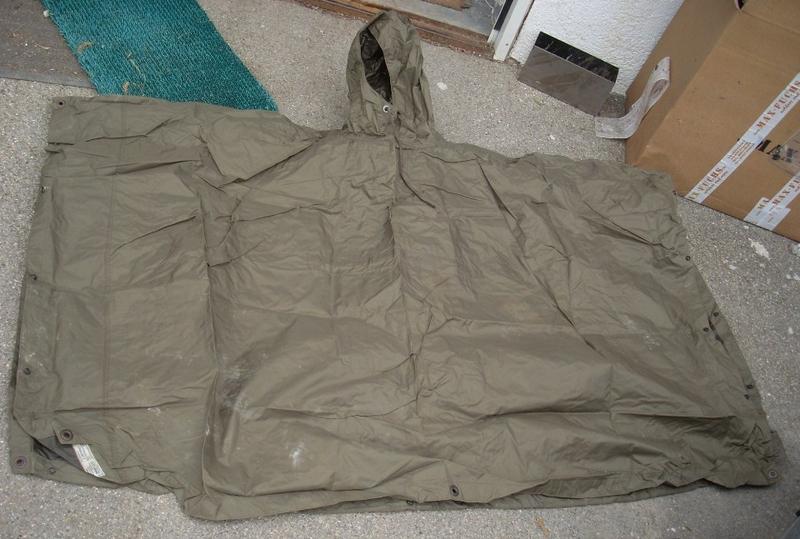 regenponcho sonderposten 2 wahl juwa militaria army supermarket lagerverkauf. Black Bedroom Furniture Sets. Home Design Ideas
