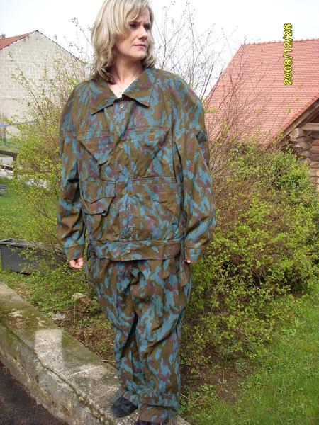 Russ tarnuniform blau neu selten juwa militaria for The 8 boutique b b barcelona