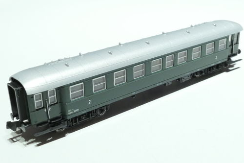Fleischmann 867711 ÖBB 2nd.cl. passenger car