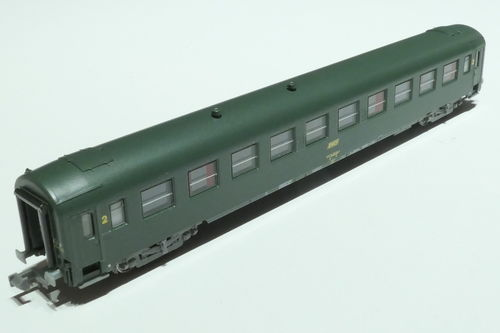 REE Models NW-138 SNCF 2nd class passenger car