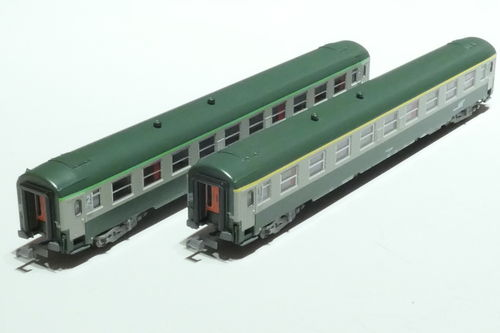 REE Models NW 176 SNCF 2x passenger car