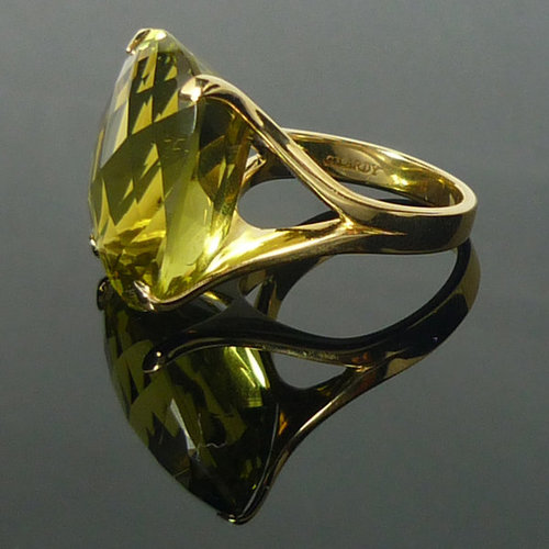 GILARDY ICON ring from 18Ct yellow gold with lemon quartz