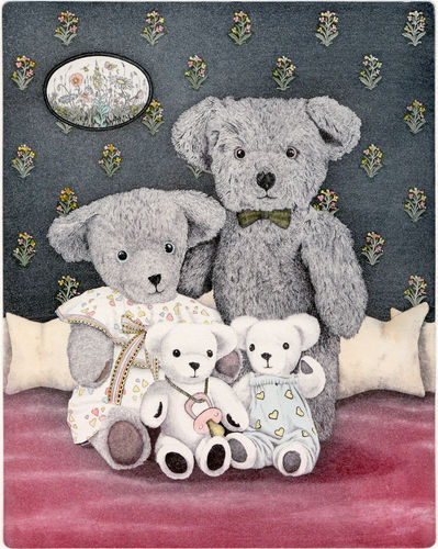 82. Teddy Family