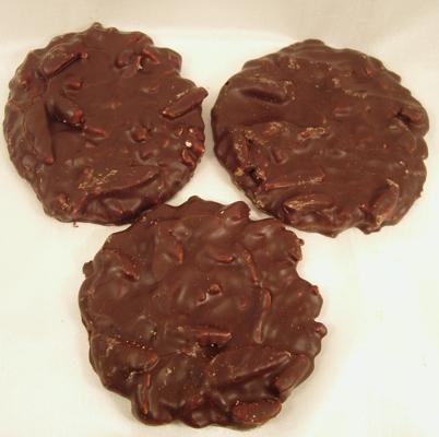 Mandelwaffelblätter mit Schokolade