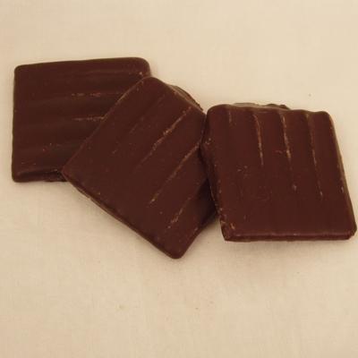 Waffelblätter mit Schokolade