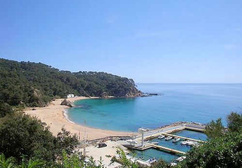 LL 231 Holiday house for 4 persons with sea views and swimming pool in Cala Canyelles Costa Brava
