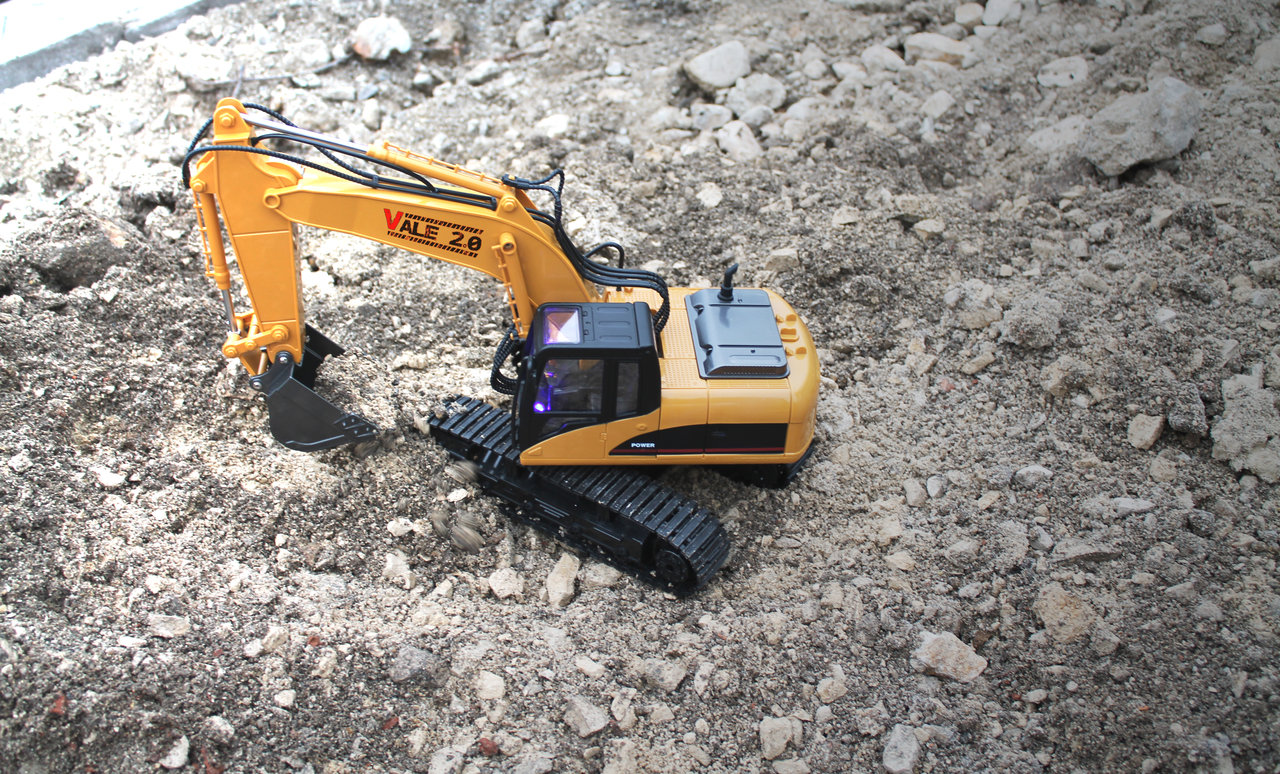 Vale 2.0 RC-Excavator - RTR - 1:14 Scale