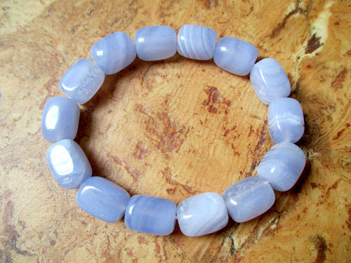 "Trommelstein-Armband - Chalcedon ""Blue Lace"""