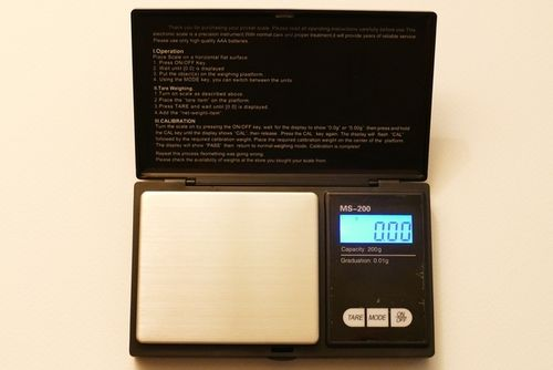 DIGITAL PRECISION BALANCE