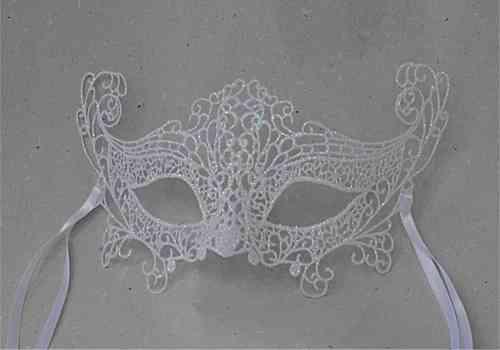 Venetian colombina mask, macramé, white