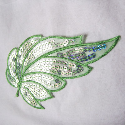 embroidery with sequins, to iron- on and to sew- on, leaf, lightgreen