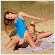 Dirty catfight on the beach – Tess vs Jillian