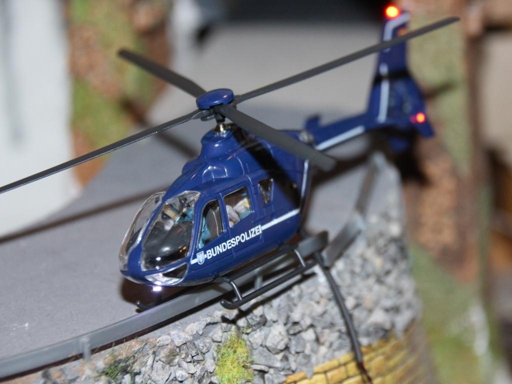 Hubschrauber über Frechen