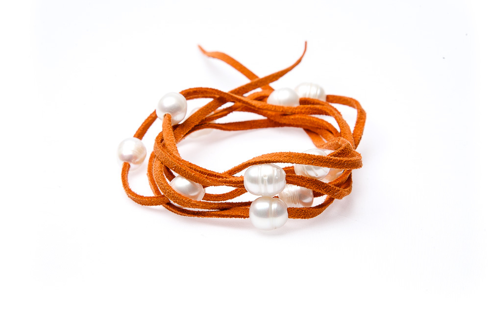 "Wickelarmband Wildleder mit Süßwasser Perle ""LeatherPearl"" Orange"