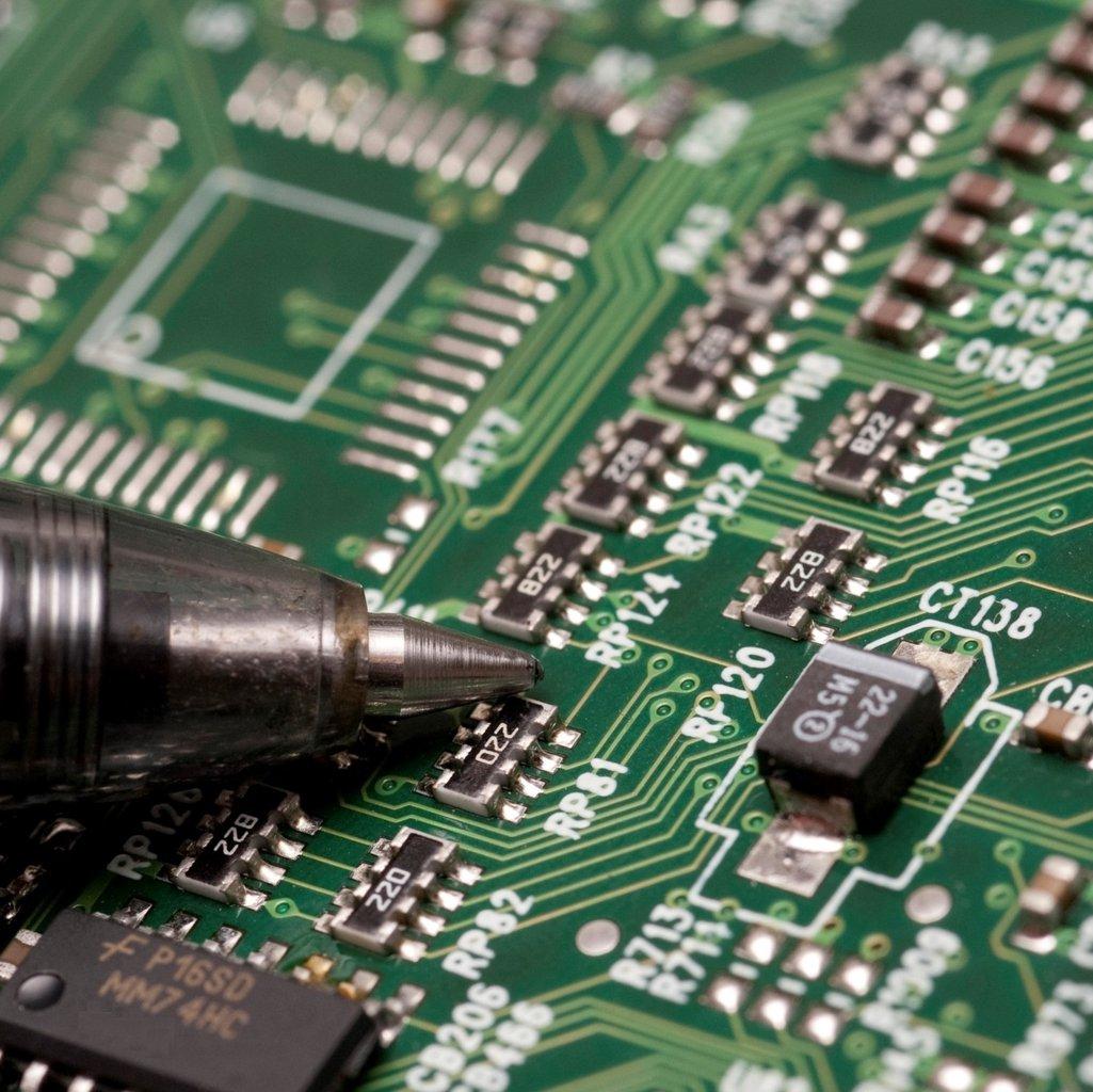 Serviço de troca do chip do BIOS SOIC