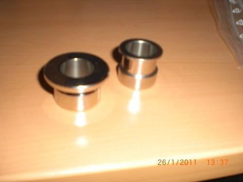 Spacer bushes front / rear