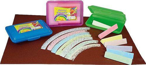 Kreide Box gefüllt mehrfarbig