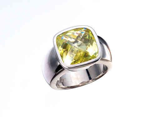 Giorgio Martello Ring 301479 mit grünem Stein Weite 56