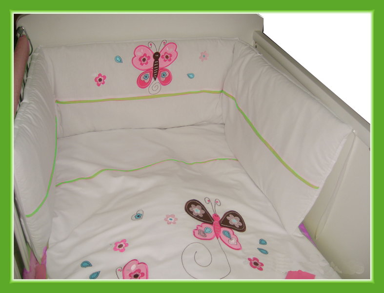 baby nestchen bettumrandung schmetterling blumen applikation wei rosa bord re ebay. Black Bedroom Furniture Sets. Home Design Ideas