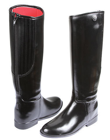 Riding boots with flexible shaft