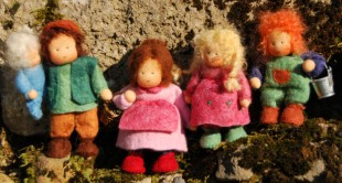 copyright www.blumenkinderundelfen.de Püppchen für die Puppenstube