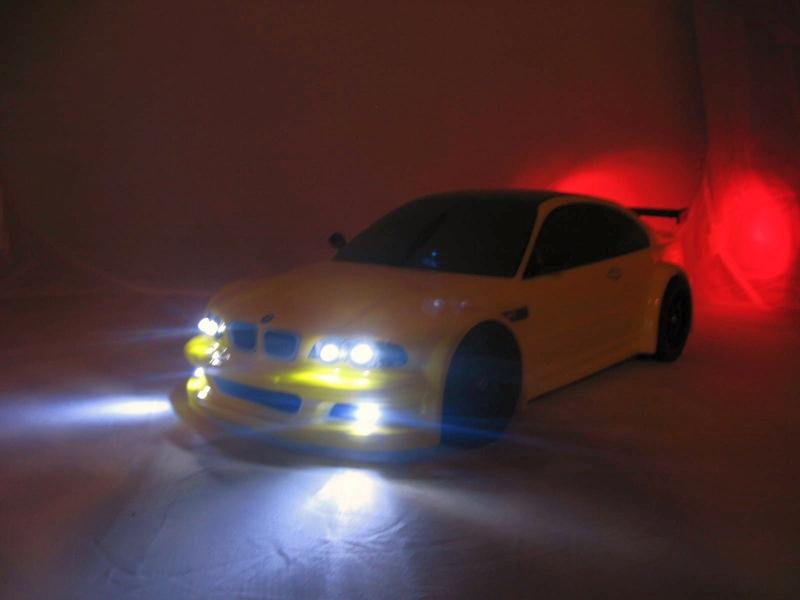 3LED Beleuchtungs Set,weiß,front,RC 1:5,1:8,1:10 Autos mit Fassung und Stecker