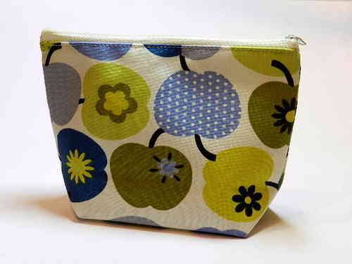 small make-up bag cotton - APPLES BLUE GREEN