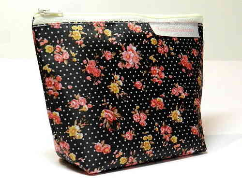 small make-up bag ROSES ON BLACK - PVC Ripstop