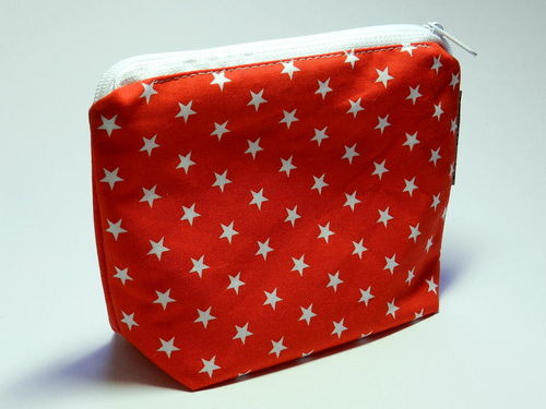 small make-up bag - STARS ON RED cotton fabric