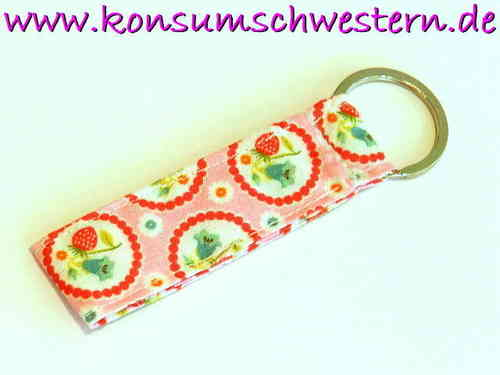 "short key chain ""STRAWBERRIES ON PINK"" cotton"