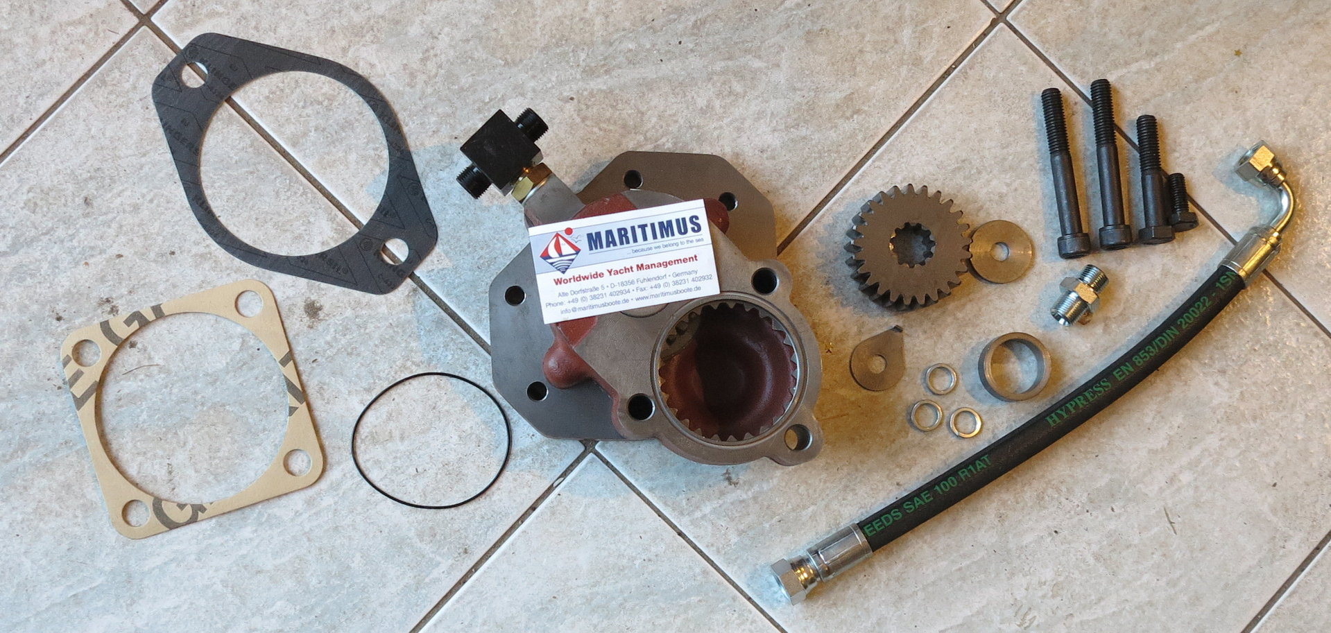 Ignition Distributor Clamp Aftermarket 113 905 250