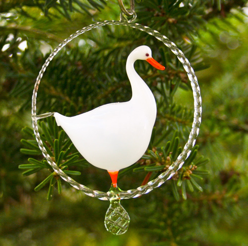 goose in a glassring